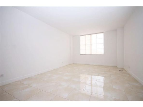 301 174th St. # 505, Sunny Isles Beach, FL 33160 Photo 9
