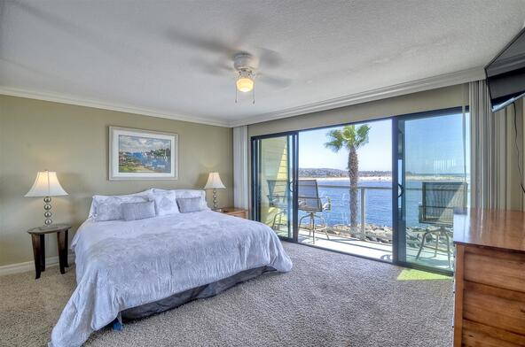 2595 Ocean Front Walk, San Diego, CA 92109 Photo 8