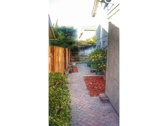3911 Capri Avenue, Irvine, CA 92606 Photo 12