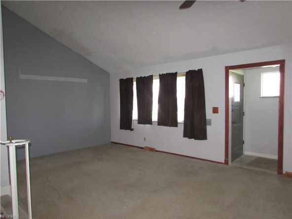 25415 Country Club Blvd., North Olmsted, OH 44070 Photo 7
