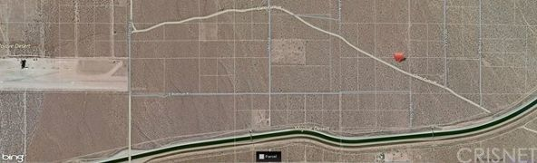 185 St. East / Llano Cut-Off, Llano, CA 93591 Photo 12