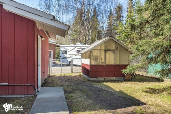 2426 Redwood St., Anchorage, AK 99508 Photo 13