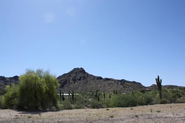 7670 N. Invergordon Rd., Paradise Valley, AZ 85253 Photo 4