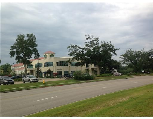 1721 Medical Park Dr., Biloxi, MS 39532 Photo 2