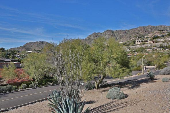 7501 N. Lakeside Ln., Paradise Valley, AZ 85253 Photo 6
