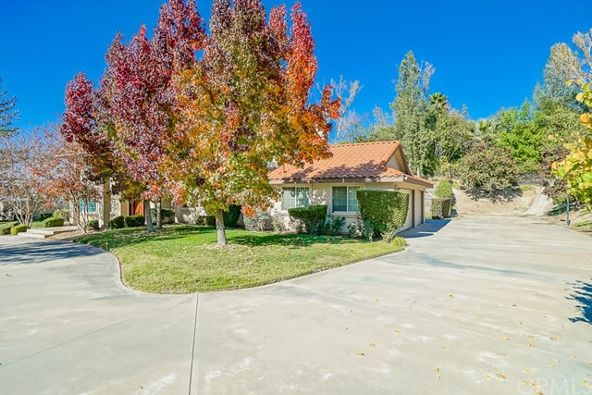1753 Vista View, Riverside, CA 92506 Photo 7