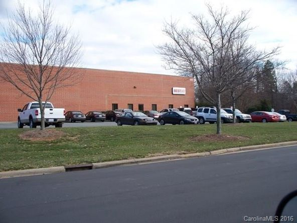 8409 Wake Dr., Charlotte, NC 28269 Photo 24