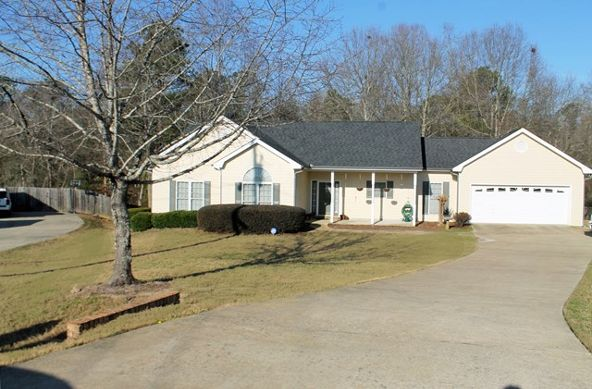 352 Lee Rd. 2076, Phenix City, AL 36870 Photo 1