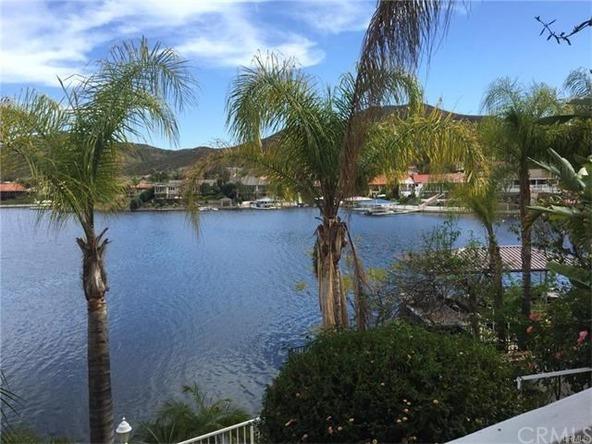 30298 White Wake Dr., Canyon Lake, CA 92587 Photo 5