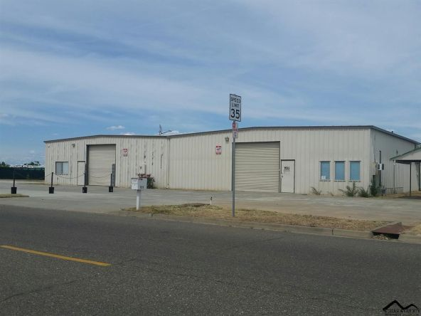 1935 Airport Rd., Red Bluff, CA 96080 Photo 2