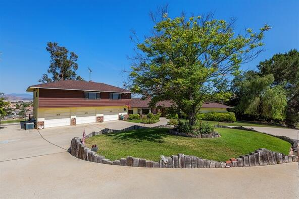 32100 Auld Rd., Winchester, CA 92596 Photo 5