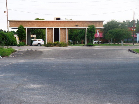 120 Lindberg Avenue, Atmore, AL 36502 Photo 13