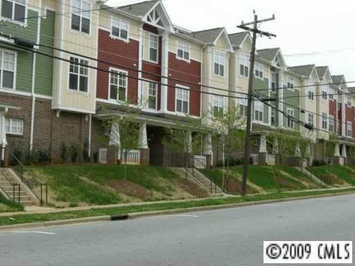 108 Wesley Heights Way, Charlotte, NC 28208 Photo 7