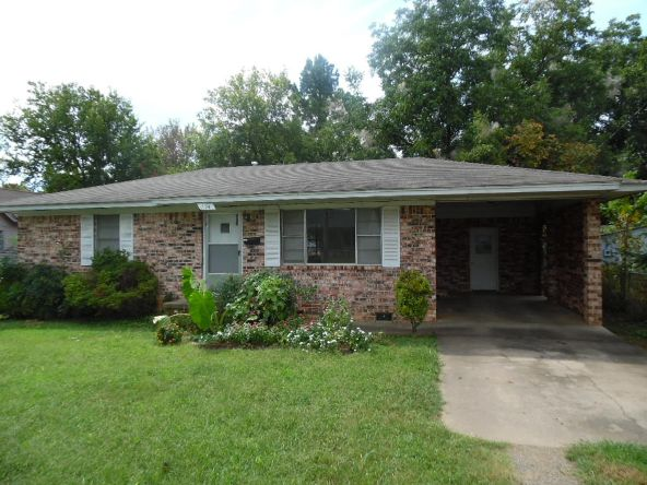 174 E. 2nd St., Booneville, AR 72927 Photo 1