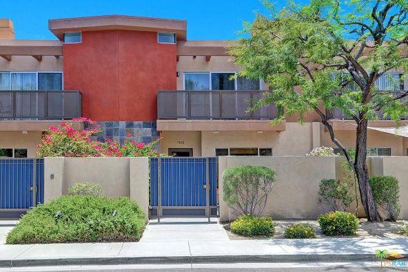 1526 N. Via Miraleste, Palm Springs, CA 92262 Photo 31