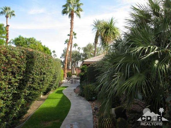 278 San Vicente Cir., Palm Desert, CA 92260 Photo 3