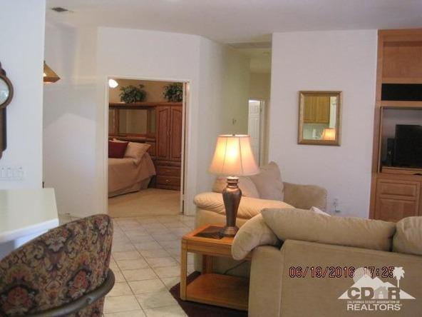 37671 Pineknoll Avenue, Palm Desert, CA 92211 Photo 31