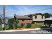 Home for sale: 905 Hiawatha Dr., East Dubuque, IL 61025