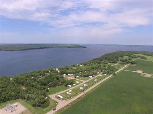Stone Ridge Campground, Devils Lake, ND 58301 Photo 3