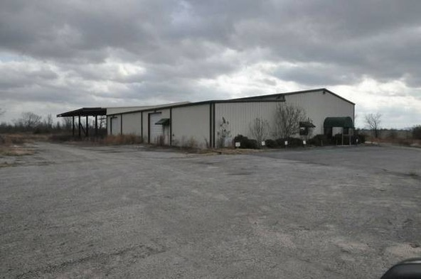 2626 Carbon Plant, Altus, AR 72821 Photo 2