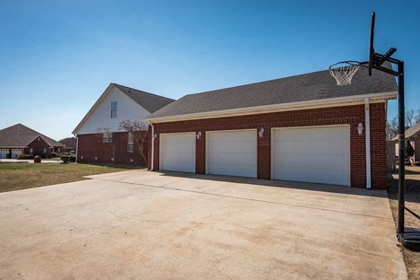221 Mary Ellen Dr., Muscle Shoals, AL 35661 Photo 32