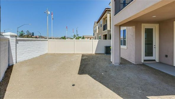 32390 Magee Lane, Temecula, CA 92592 Photo 2