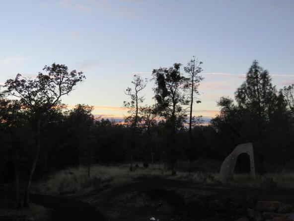 7625 Merrilea Ln., Millville, CA 96062 Photo 11