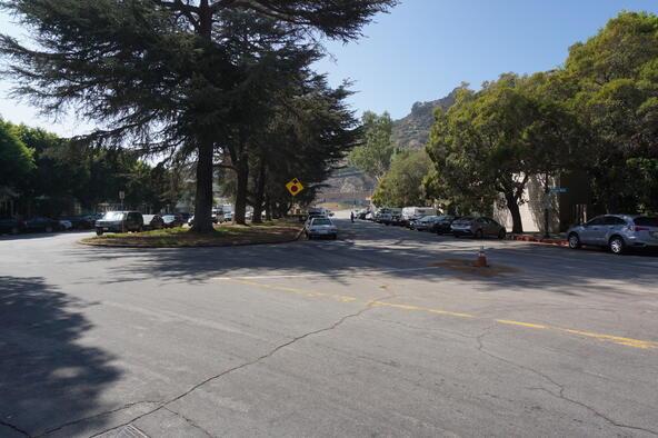 858 Moraga Dr., Los Angeles, CA 90049 Photo 80