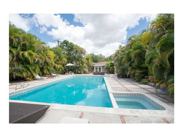 1010 Country Club Prado, Coral Gables, FL 33134 Photo 4