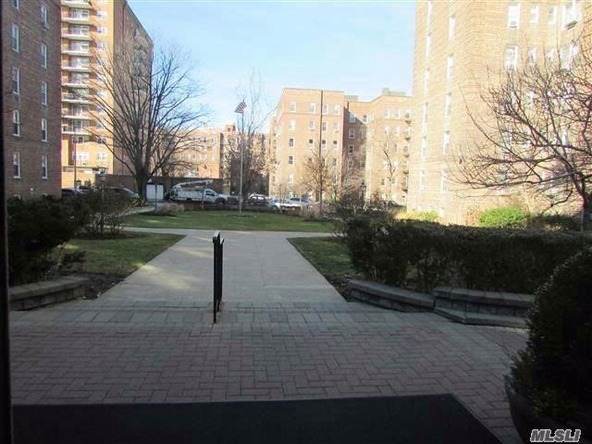112-20 72 Dr., Forest Hills, NY 11375 Photo 3