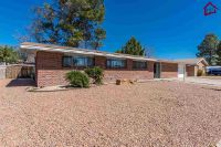 Home for sale: 2032 Crescent Dr., Las Cruces, NM 88005