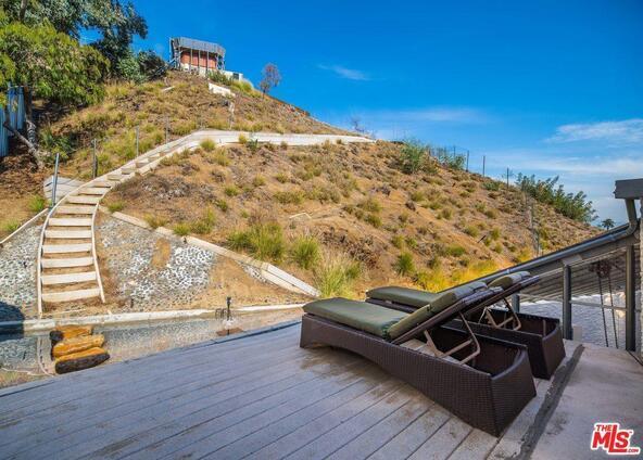 8619 Appian Way, Los Angeles, CA 90046 Photo 9