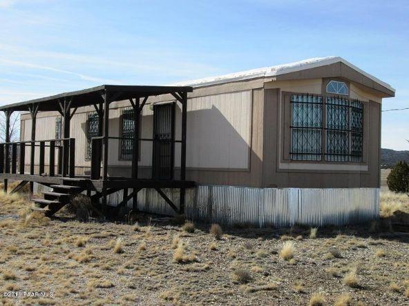 24101 W. Crooked Horse Trail, Seligman, AZ 86337 Photo 1
