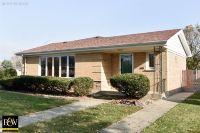 Home for sale: 10301 Kedvale Avenue, Oak Lawn, IL 60453