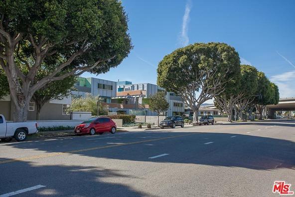 2462 S. Centinela Ave., Los Angeles, CA 90064 Photo 17