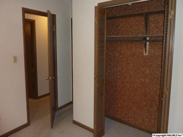 908 Wildwood Rd. S.W., Decatur, AL 35601 Photo 20