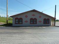 Home for sale: 21305 Hwy. 22 North Tr 3, Wildersville, TN 38388