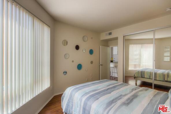 1440 Alta Vista, Los Angeles, CA 90046 Photo 9