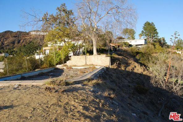 3210 Deronda Dr., Los Angeles, CA 90068 Photo 2