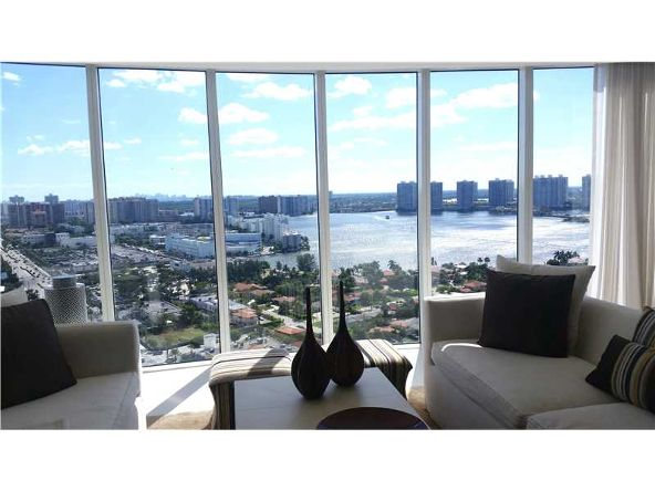 18911 Collins Ave. # 2705, Sunny Isles Beach, FL 33160 Photo 2