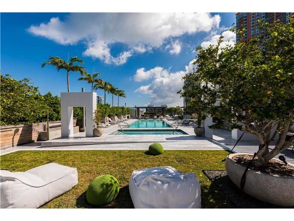 801 S. Pointe Dr. # 401, Miami Beach, FL 33139 Photo 31