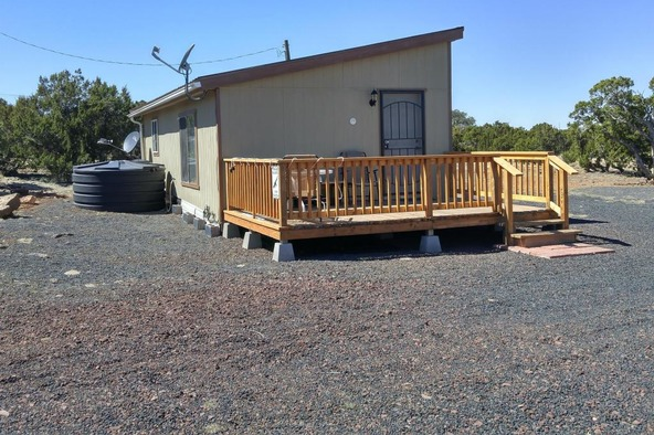 8113 Acr, Vernon, AZ 85940 Photo 3