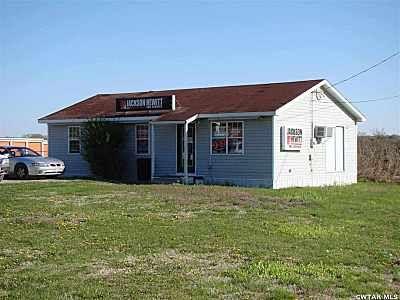 210 Veterans Dr., Huntingdon, TN 38344 Photo 1