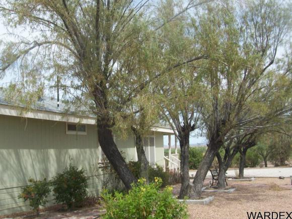 42544 la Posa Rd., Bouse, AZ 85325 Photo 3