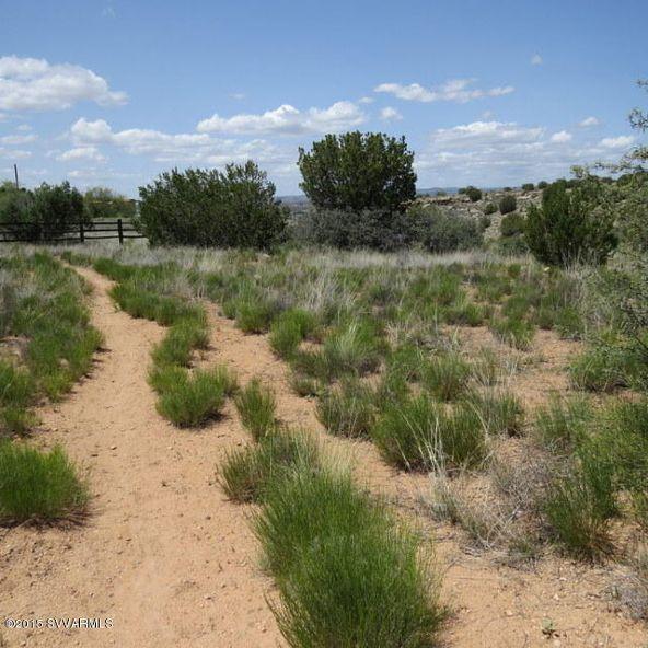 4310-20 N. Desert Wood Ct., Rimrock, AZ 86335 Photo 3