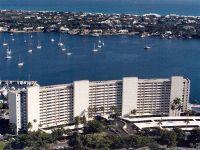Home for sale: 134 Lakeshore Dr. Unit 915, North Palm Beach, FL 33408