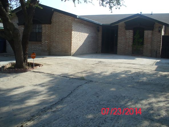 9608 White Wing Dp, Laredo, TX 78045 Photo 1