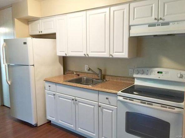 10 Oakwood Terrace, Unit #20, New Windsor, NY 12553 Photo 1