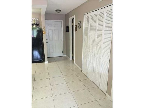 528 Meridian Ave., Miami Beach, FL 33139 Photo 3
