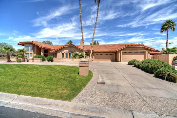 6718 E. Caron Dr., Paradise Valley, AZ 85253 Photo 4